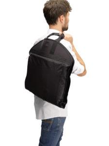 Anzugtasche: Businesskunden kaufen gerne Kleidertaschen für Anzüge als Handgepäck