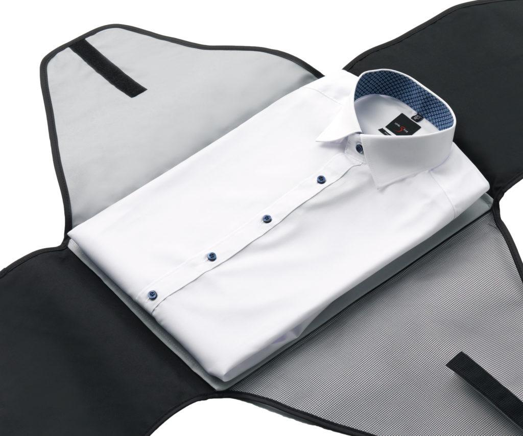Reise-Kleidertaschen für Anzüge und Hemden helfen im Hotel, Urlaub und auf Business Reisen