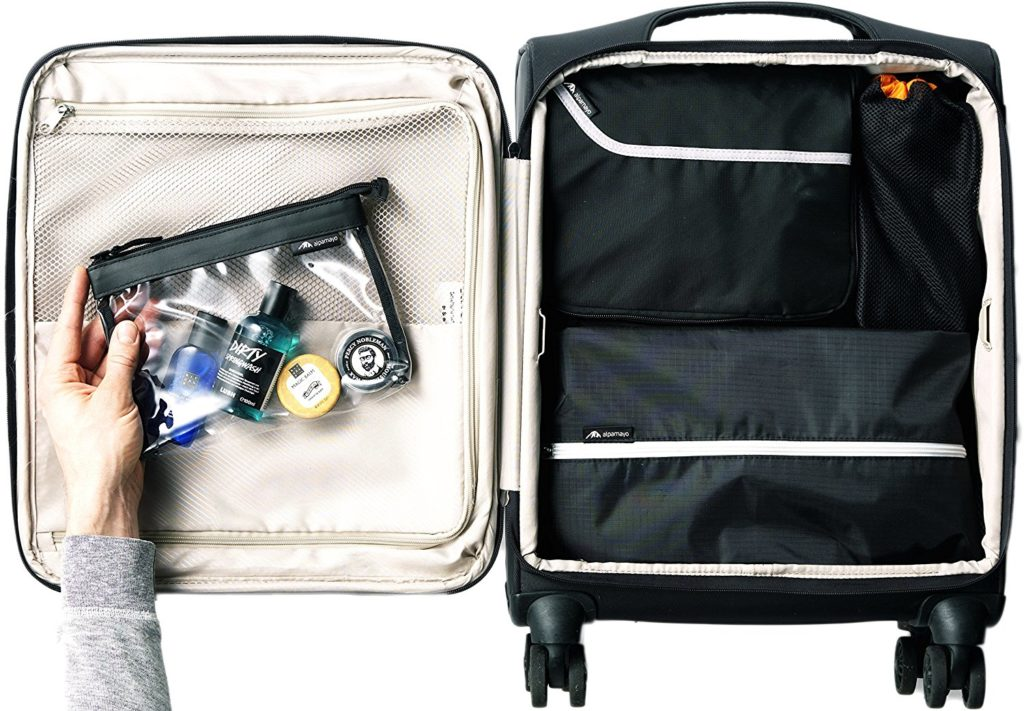 Reisetasche für Anzüge im Koffer als Handgepäck mitnehmen